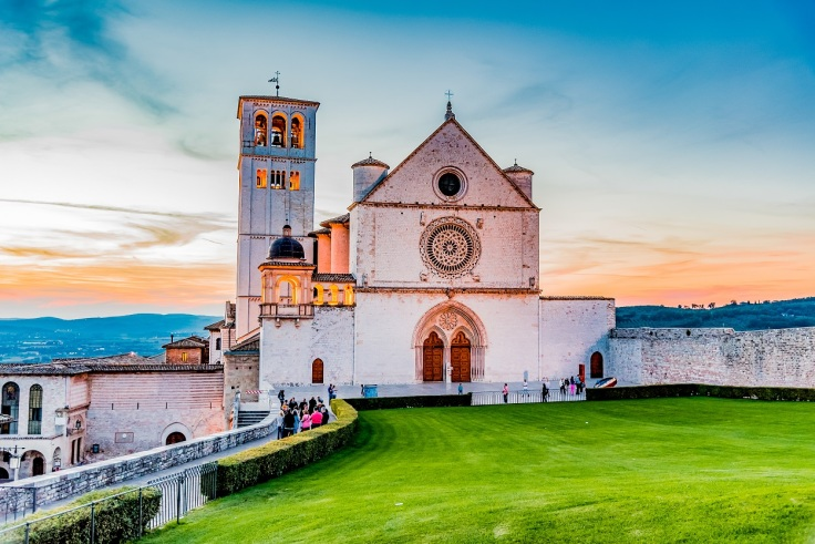 Assisi-Italia-Farmecul-Umbriei
